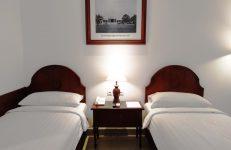 deluxe room twin 1